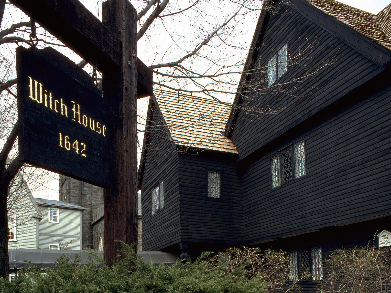 Halloween Fun Fact: Both Salem, Massachusetts, and Anoka, Minnesota, are the self-proclaimed Halloween capitals of the world.