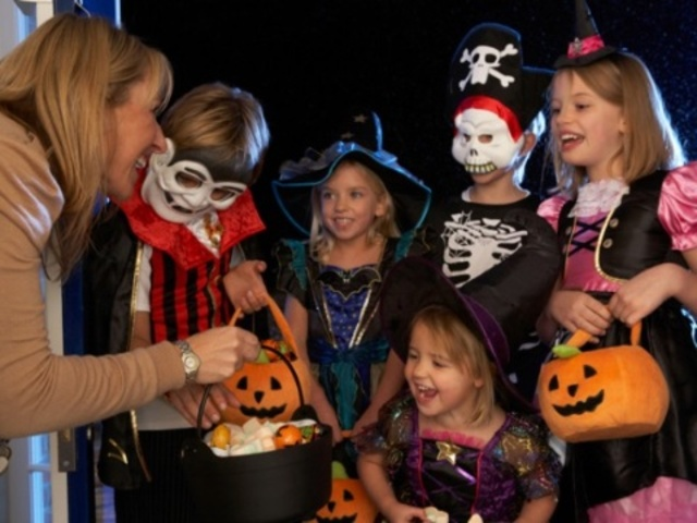 Halloween Fun Fact: The U.S. Census Bureau estimates there will be 41.1 million trick-or-treaters ages 5 to 14 in America this year. Parents are expected to spend $1.04 billion on children�s costumes-and if they�re on trend, most of the cash will go toward pumpkin, princess, witch or vampire getups.